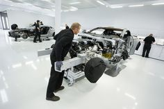 Aston Martin One-77 in assembly-5