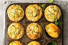 Turn a classic family favourite - zucchini slice - into these mid-morning muffins. SUB keto flour for SR flour Zucchini Muffins, Veggie Muffins, Zucchini Slice, Savory Muffins, Savory Snacks, Spinach Muffins, Zucchini Tomato, Cheese Muffins, Healthy Muffins