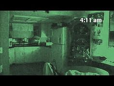 Search Paranormal activity ghost caught on camera. Most Haunted, Haunted Places, Creepy Pictures, Cool Pictures, Ghost Caught On Camera, Ghost Videos, Real Ghosts, Ghost Adventures, Ghost Hunters