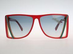 Hey, ho trovato questa fantastica inserzione di Etsy su https://www.etsy.com/it/listing/211378891/silhouette-m-3058-vintage-sunglasses-nos