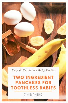 Delicious flour-less pancakes for your little ones. All you will need is eggs and bananas for this breakfast idea. Two Ingredient Pancakes, Baby Finger Foods, Bananas, Baby Food Recipes, Toddlers, Nova, Stuffed Mushrooms, Eggs, Babies