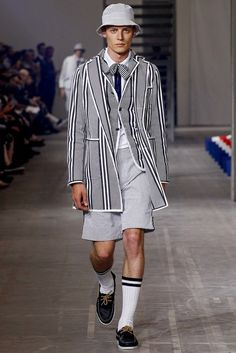 f3bf03578 83 Best Moncler images in 2015 | Accessories, Clothes, Down jackets