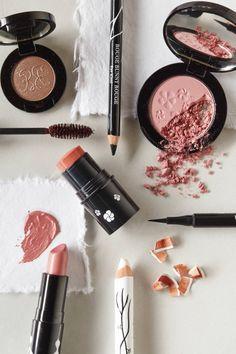 I love makeup collages. Makeup Blog, Love Makeup, Flawless Makeup, Pretty Makeup, Makeup Products, Beauty Products, Beauty Make Up, My Beauty, Makeup Collage
