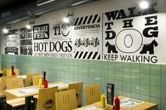 Frankfurt Station. Local de comida rápida (Barcelona) 2013