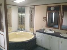 Beau Garden Tub With Double Vanities 1992 Fleetwood Mobile / Manufactured Home  In Saint Charles MO Via MHVillage.com