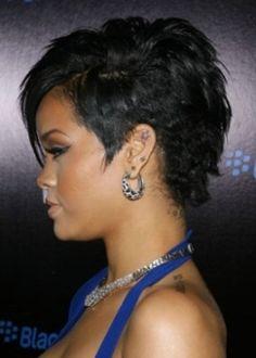 Rihanna rockin a mohawk