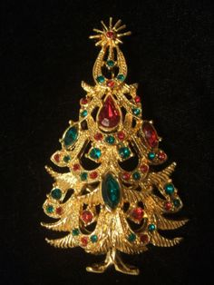 Ornate Rhinestone Christmas Tree Pin
