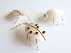 Easy Crafts for Kids: DIY Wooden Spoon Ladybugs