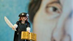 Wer prägt seine Kindheit? Warum geht er ins Kloster? Und was führt ihn zu den 95 Thesen? Auf den Spuren des jungen Martin Luther.