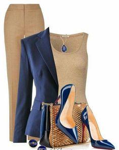 Beges e nudes + azul - Sempre uma combinação perfeita. Aposte nos scarpins coloridos para dar um up à produção monocromática. Esse modelo azul, é Lindo - http://buyerandbrand.com.br/mododeusarmoda/?bi=2raJgbO