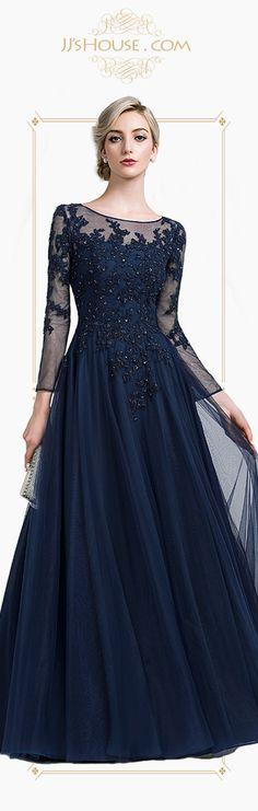 An elegant mother of the bride dress. Moms deserve it! #JJsHouse