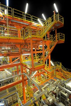 FPSO Cidade de Itajai | Oil & Gas and Marine #offshore #beauty #engineering  Shared by Winston Ang https://sg.linkedin.com/pub/winston-ang/2b/352/a18