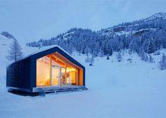 LEAPfactory installs prefab snowboard school beside Mont Blanc