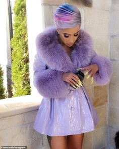 Cardi B rocks purple ensemble as she reveals she he's taking things slow with on-again hubby Offset Cardi B Ig, Summer Dress Outfits, Cute Outfits, Dress Summer, Fur Fashion, Fashion Outfits, Purple Fashion, Cardi B Photos, Leather Trench Coat