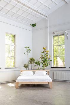 T.D.C | Eco oak bed by Piet Hein Eek for Yumeko