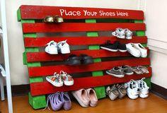 Pallet shoe rack - Wooden Pallet home ideas - Pallet Idea