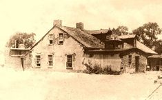 The Lucien B. Maxwell House in Cimarron, Zane Grey mentions this New Mexico ranch in several of his novels. Cimarron New Mexico, New Mexico History, Santa Fe Trail, New Mexico Homes, Billy The Kids, Land Of Enchantment, Old West, Old Photos, American History