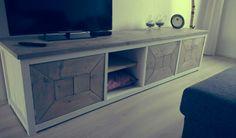 Zelfgemaakte tv meubel steigerhout