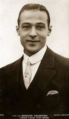Rudolph Valentino the screen name of Rodolpho d'Antonguolla the ItalianAmerican leading man and great romantic idol Old Hollywood Stars, Old Hollywood Glamour, Vintage Hollywood, Classic Hollywood, Silent Film Stars, Movie Stars, Burlesque Movie, Rudolph Valentino, Horsemen Of The Apocalypse