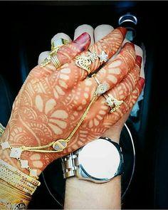 Shear to Win Couple Goals Teenagers Pictures, Best Couple Pictures, Hand Pictures, Hand Pics, Latest Arabic Mehndi Designs, Dulhan Mehndi Designs, Mehandi Designs, Mehendi, Stylish Dresses For Girls