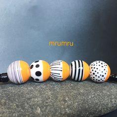 Magdalena Ruiz. MruMru Handmade Lampwork Glass Bead set. by magdalenaruiz on Etsy https://www.etsy.com/listing/507290666/magdalena-ruiz-mrumru-handmade-lampwork