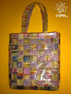 Borsa intrecci di carta, shopper con quotidiani #riciclo #pvc #bag #banner #summer #quotidiani di SoReadyLAB su Etsy, €80.00