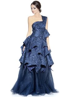Gowns  Dresses  Luxury  DesignerGowns  Fashion  OnlineShopping  Trends   WeddingGowns  IsabelSanchis  Dubai. Elilhaam 5f18251d5