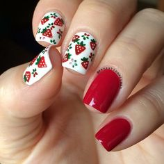 God morning my loves. I made some strawberries patterns inspired by an apron my Mom made years ago. And always wanted to wear it on my nails but just until today I gave it a try 😄. Have a great weekend 😘❤️ Boxing Day, Nail Polish Designs, Nail Art Designs, Cute Nails, Pretty Nails, Strawberry Nail Art, Different Nail Designs, Nails For Kids, Bright Nails