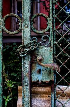 Chained Decay