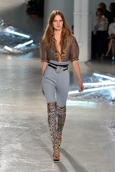 The 8 Runway Trends You'll Be Wearing in Spring 2015: New York Fashion Week is coming to a close, and before we jet off across the pond to see what the runways have in store for us in London, Milan, and Paris, we're working overtime to make sure you know what you'll be wearing come Spring 2015, now.