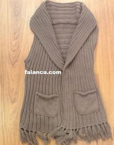 Nurgün Tezcan Kolay yelek #kinitting #örgü #örgümodelleri #handmade #knitwear #babyshower #elemegi #handarbeit #breien #handgemacht #woolyarn #babystyle #yazlıkörgüler #örgüyelek Lana, Embroidery, Knitting, Crochet, Sweaters, Tinder, Handmade, Fashion, Knit Vest