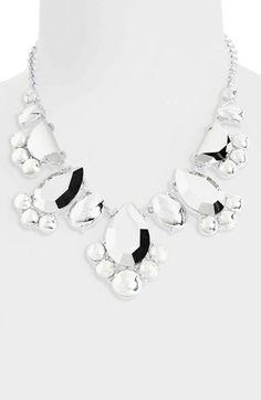 Gorgeous metallic bib necklace by #katespade http://rstyle.me/n/hqetmnyg6