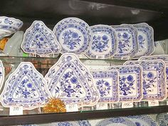 Guide Brno shop buy Bohemia Glass Czech Porcelain Blue Onion Gift Souvenir tray tea China set