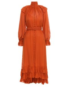 ZIMMERMANN designer dresses are available in a range of styles including midi, maxi, formal & more. Find the perfect designer dress here. Elegant Summer Dresses, Elegant Outfit, Beautiful Dresses, Classy Outfits, Pretty Outfits, Style Royal, Fitted Midi Dress, Dress Skirt, Embroidery Fashion