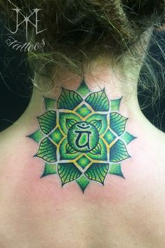 Heart Chakra Mandala Tattoo - Top 500 Best Tattoo Ideas And Designs For Men and Women Girls With Sleeve Tattoos, Tattoos For Guys, Leg Tattoos, Arm Tattoo, Tatoos, Mandala Avant Bras, Heart Chakra Tattoo, Barcode Tattoo, Chakra Painting