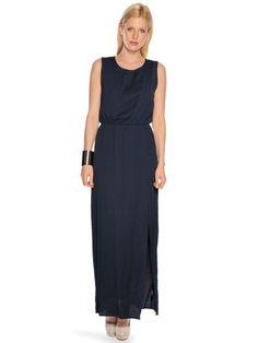 Minimum+Trinne+Dress+in+der+Farbe+winter+blue,normale+Passform,anangenehmes+Gewebe+mit+Baumwollanteil,runder+Halsausschnitt,elastische+Naht+auf+Taillenhöhe,seitlich+geschlitzter+Saumabschluss,rückseitiger+Schlitz,Rückenlänge+in+Größe+36+ca.147cm,Obermaterial:+57%+Polyester+43%+Baumwolle,Futter:+100%+Polyester,unser+Model+trägt+Größe+36+bei+einer+Körpergröße+von+177cm