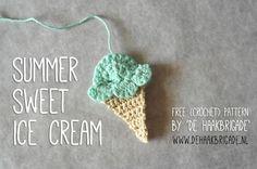 Free English crochet ice cream pattern and photo tutorial from De Haakbrigade. Tutorial in Dutch: http://dehaakbrigade.blogspot.nl/2013/07/zon-zee-enijsjes.html