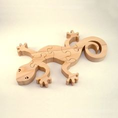 Gecko  Childrens Wood Puzzle Game  New Toy  by GrampsWoodShop, $14.95