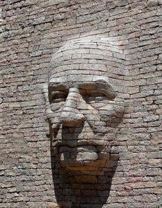 Street Art - Stone Carving-by Emmanuel Augier in Levans, France Stone Sculpture, Art Sculpture, Sand Sculptures, Sculpture Ideas, Abstract Sculpture, 3d Street Art, Wall Street, Art Public, Art Pierre