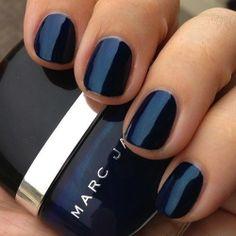 Blue nails. marc jacobs. <3