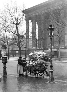 Paris Pictures, Paris Photos, Old Pictures, Old Photos, Paris 1920s, Old Paris, Vintage Paris, Vintage Black, Old Photography