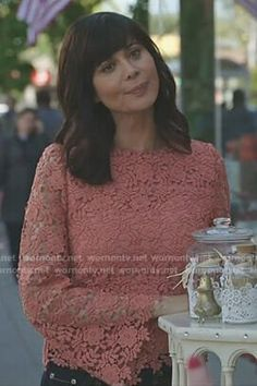 Cassie's pink floral lace top no Good Witch Hallmark Good Witch, Catherine Bell, The Good Witch, Witch Outfit, Witch Fashion, Female Fighter, Cool Style, My Style, Nordstrom Dresses