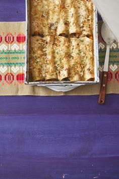 Veggie Recipes, Fall Recipes, New Recipes, Vegetarian Recipes, Cooking Recipes, Favorite Recipes, Vegetarian Enchiladas, Veggie Enchiladas, Party