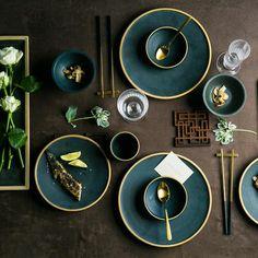 Ceramic Gold Inlay Plates Steak Food Dish Nordic Style Retro Tableware Bowl Ins Dinner Plate Cup High End Dinnerware Set – Tableware Design 2020 Nordic Chic, Nordic Style, Assiette Design, Green Dinnerware, Modern Dinnerware Sets, Asian Dinnerware Sets, Dinnerware Ideas, Design Set, Design Table