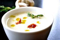 Supa mai eficientă ca antibioticul Garlic Soup, Romanian Food, I Want To Eat, Fruit And Veg, Soul Food, Food To Make, Food Porn, Vegetarian, Tasty