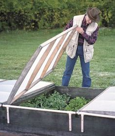 Cold frames are helpful season extenders that dont need to be hgih tech or cumbersome. this lightweight cold frame cover is made of inexpensive materials and is easy to assemble.Click To Enlarge Cold Frames, Raised Garden Beds, Raised Beds, Cold Frame Gardening, Gardening Tips, Vegetable Garden, Garden Plants, Patios, Greenhouses