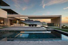 Aménagement intérieur, extérieur et mobilier design de style minimaliste