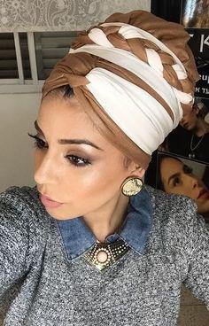 קשירת מטפחות - קלילופ צמה, ליפופים ועוד...| How To Tie A scarf- cliloop ... African Hair Wrap, African Head Wraps, Hair Wrap Scarf, Hair Scarf Styles, Turban Tutorial, Mode Turban, Hair Cover, Turban Style, Outfit Trends