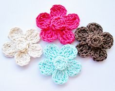 Five Petal Daisy Free Crochet Pattern by Cheryl Murray ILuvSandals