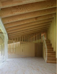 Villa Sengokubara_S Residence by Shigeru Ban Architects, stairs to gallery